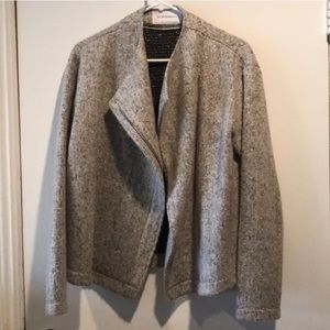 BCBG grey warm asymmetrical short jacket